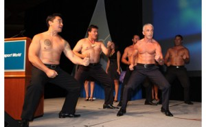Haka + Rob Fyfe. Photo courtesy: Air Transport World